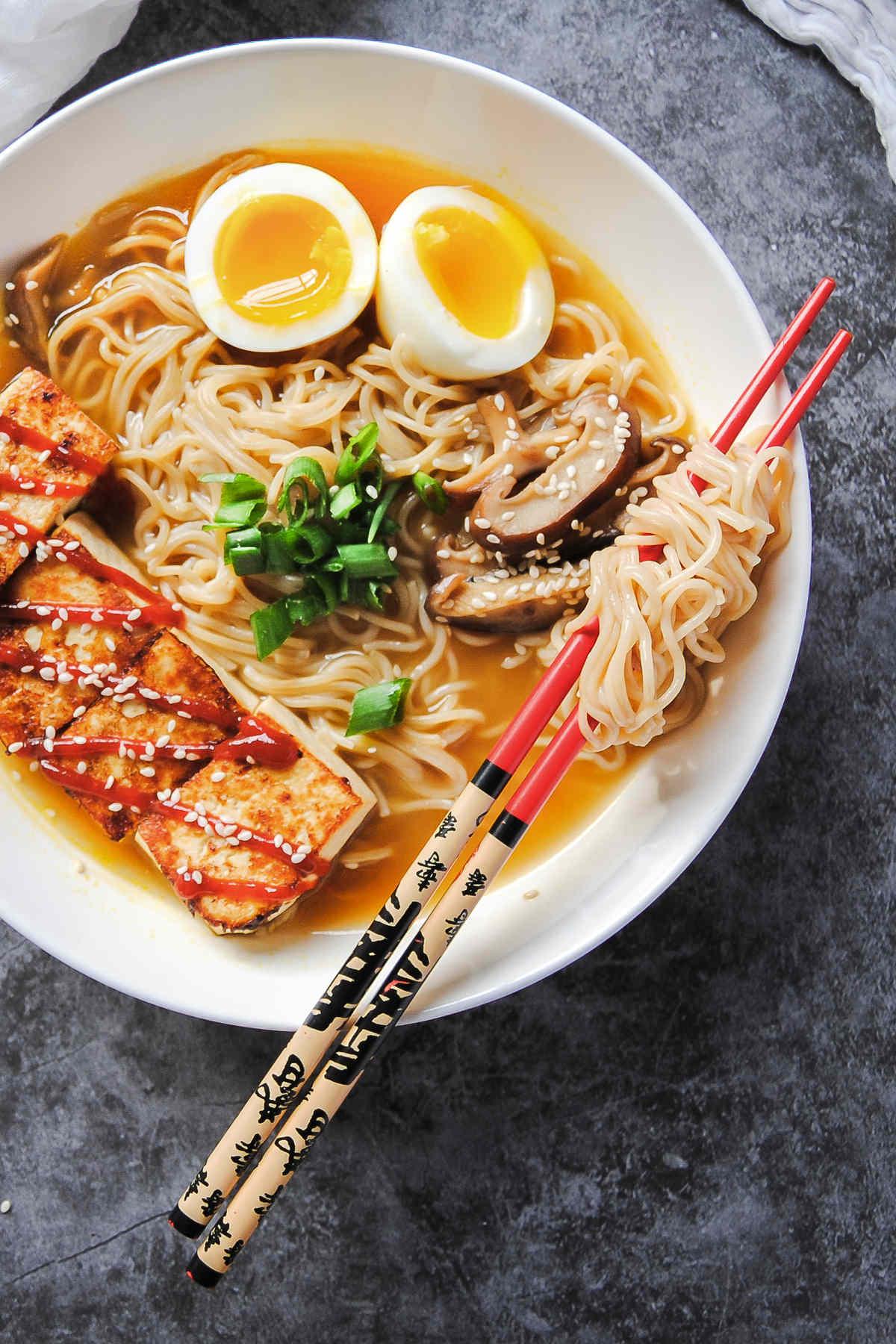 Easy-Vegetarian-Ramen-With-Tofu-Portrait-With-Chopsticks