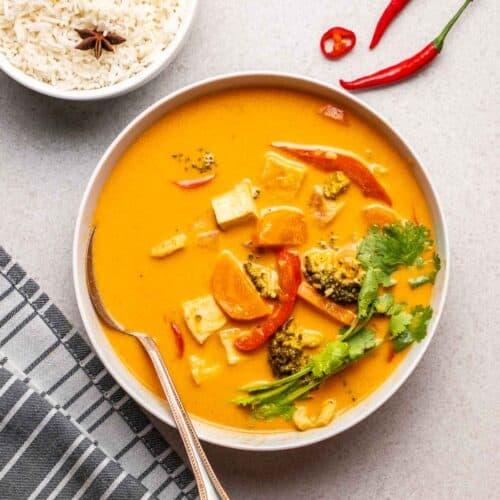vegan-thai-red-curry-featured-500x500